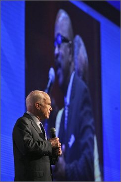 Republican presidential candidate, Sen. John McCain, R-Ariz., takes questions from the audience of the National Urban League Annual Conference Friday, Aug. 1, 2008, in Orlando, Fla.  (AP Photo/Mary Altaffer)