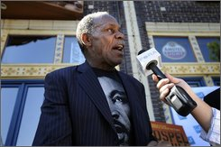 "Actor Danny Glover speaks to the media during a brunch to promote his film, ""Gospel Hill,"" in Denver Monday, Aug. 25, 2008. (AP Photo/The Denver Post, Michael Owen Baker)"