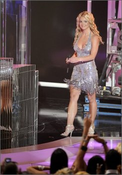 Singer Britney Spears is seen at the start of the MTV Music Awards in Paramount Pictures Studios in Los Angeles on Sunday, Sept. 7, 2008(AP Photo/Kevork Djansezian)