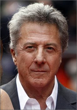 In this June 26, 2008 file photo, Dustin Hoffman arrives for the premiere of his new film 'Kung Fu Panda' in Leicester Square, London.. (AP Photo/Simon Dawson, file )
