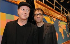 "Cast members Darrell Hammond, left, and Fred Armisen from NBC's ""Saturday Night Live"" pose for photos on the set, Tuesday, Sept. 9, 2008, in New York.  (AP Photo/Henny Ray Abrams)"