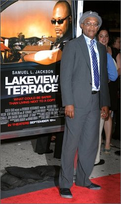 "Actor Samuel L. Jackson attends the premiere of ""Lakeview Terrace"" in New York on Monday, Sept. 15, 2008.  (AP Photo/Peter Kramer)"