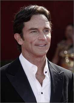 Jeff Probst, a co-host for the 60th Primetime Emmy Awards, arrives at the Nokia Theatre Sunday, Sept. 21, 2008, in Los Angeles.  (AP Photo/Matt Sayles)