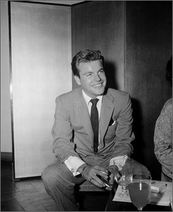 "In this Saturday, May 4,1957 file photo, actor Robert Wagner is photographed in Tokyo while filming ""Stopover Tokyo."" Wagner's marriage to Natalie Wood was known to all. His love affair with Barbara Stanwyck was a secret- until now.  (AP Photo)"