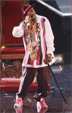 Rapper Slick Rick performs at the 2008 VH1 Hip Hop Honors show, Thursday, Oct. 2, 2008 in New York.  (AP Photo/Jason DeCrow)