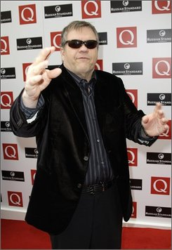 U.S. performer Meat Loaf arrives for the Q Awards in central London, Monday, Oct. 6 2008. (AP Photo/Joel Ryan)