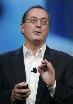 Intel Corp CEO Paul Otellini delivers a keynote address to the Oracle Open World conference in San Francisco, Tuesday, Sept. 23, 2008.  Intel Corp. reported its third-quarter earnings after the market closed on Tuesday, Oct. 14, 2008.  Intel's third-quarter profit rose 12 percent, edging past Wall Street's estimates, but the chip maker cautioned that the pall the financial crisis has cast over the technology sector makes it hard to predict its results for the current period. (AP Photo/Paul Sakuma)