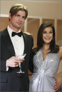 "In this photo released by ABC, actor Gale Harold, left, and actress Teri Hatcher are shown in a scene from ""Desperate Housewives."" (AP Photo/ABC, Ron Tom)"