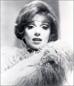 This 1970 file photo shows actress, comedian and singer Edie Adams. Adams, the blond beauty who won a Tony Award for bringing Daisy Mae to life on Broadway and was television foil for her husband, Ernie Kovacs, died Wednesday Oct. 15, 2008, in a Los Angeles hospital from pneumonia and cancer, publicist Henri Bollinger said. She was 81. (AP Photo, FILE)