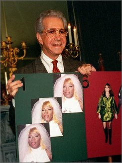in a Jan. 14, 1996 file photo  Mr. Blackwell announces his 37th Annual Worst Dressed Women List  in Los Angeles.Blackwell died Sunday, Oct. 19, 2008 of complications from an intestinal infection, publicist Harlan Boll said.   (AP Photo/Nick Ut/file )