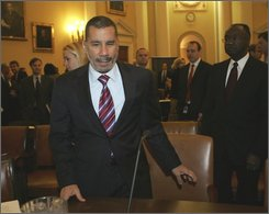 New York Gov. David Paterson arrives on Capitol Hill in Washington, Wednesday, Oct. 29, 2008, to testify before the House Ways and Means Committee hearing on states financial crisis. (AP Photo/Lawrence Jackson)