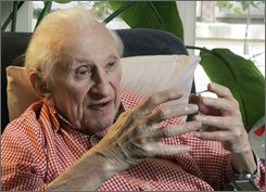 A May 15, 2007 file photo shows Pulitzer Prize-winning author Studs Terkel at his home in Chicago. Terkel died Friday, Oct. 31, 2008. He was 96.  (AP Photo/Charles Rex Arbogast, file)