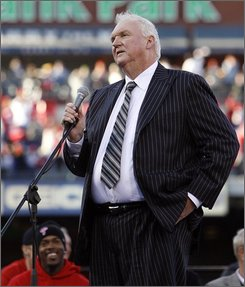 Philadelphia Phillies manager Charlie Manuel addresses the fans during the celebration of their World Series Championship, Friday, Oct. 31, 2008, in Philadelphia. (AP Photo/Tom Mihalek)