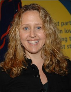 "In a Jan. 10, 2008 file photo actress Brooke Smith attends the Broadway opening of ""The Little Mermaid"" at the Lunt-Fontanne Theater in New York City.  Smith's final appearance as Dr. Erica Hahn on ABC's ""Grey's Anatomy"" will be Thurday Nov. 6, 2008. (AP Photo/Evan Agostini/file)"