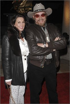 Hank Williams Jr. and his wife Mary Jane arrive at the 2008 BMI Country Awards, in Nashville, Tenn., Tuesday, Nov. 11, 2008.  (AP Photo/Peter Kramer)