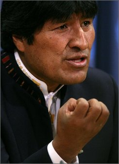 Bolivia President Evo Morales speak during a news conference following his address to the United Nations General Assembly at U.N. headquarters, Monday, Nov. 17, 2008.  (AP Photos/Bebeto Matthews)