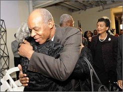 "William Jefferson hugs a supporter after losing to Republican newcomer Anh ""Joseph"" Cao in the Louisiana congressional race, New Orleans, Saturday Dec. 6, 2008. (AP Photo/Cheryl Gerber)"