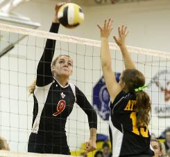 Hilton (N.Y.) High School's Melissa McGwin plans to graduate from high school in December to enroll at college a semester early. McGwin hopes this will help her develop her skills for competition at the college level next season.