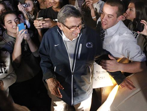 Students rally in support of Joe Paterno in front of his home