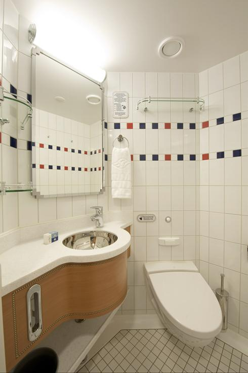 Does Disney's new cruise ship have the best bathrooms at sea? You ...