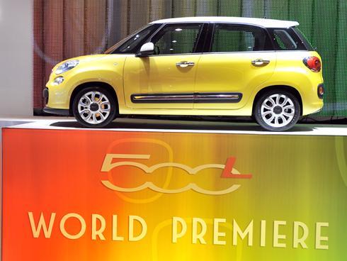 Fiat-500L-Geneva-show-Mar62012x-large.jpg