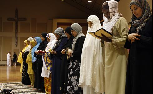 In this photo taken Aug. 23, 2010, members of the Memphis Islamic Center pray at Heartsong Church in Cordova, Tenn., a suburb of Memphis, Tenn. while their mosque is under construction nearb
