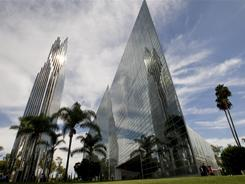 The Catholic Diocese of Orange has joined the bidding to purchase the bankrupt Crystal Cathedral in Garden Grove, Calif.
