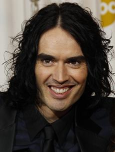 > Russell Brand strips with Metta World Peace - Photo posted in The TV and Movie Spot | Sign in and leave a comment below!