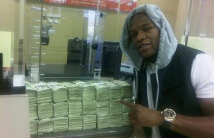 > Floyd Mayweather to lose 3 million on Michigan vs. Alabama? - Photo posted in BX SportsCenter | Sign in and leave a comment below!