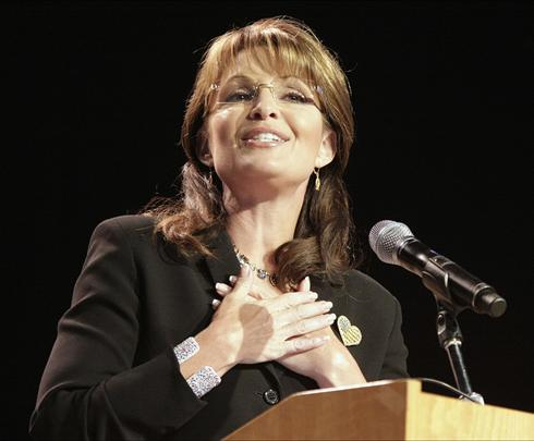 Sarah Palin defends oil drilling despite Gulf spill