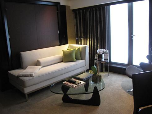 murphy bed hotel 1