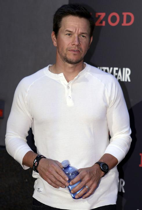 mark wahlberg father