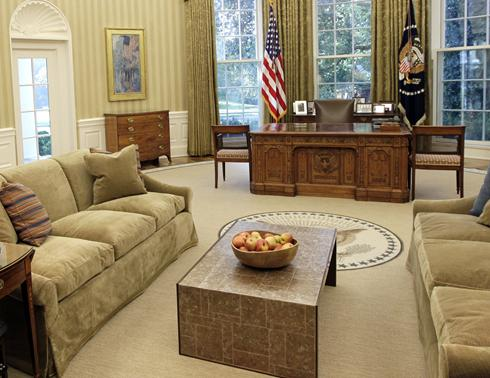 Obamas Oval Office gets a makeover