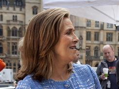 Meredith Vieira is in London covering the royal wedding and says she's not at all surprised by Katie Couric's decision to leave the CBS Evening News.