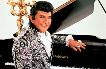Douglas, Damon starring in HBO's Liberace biopic