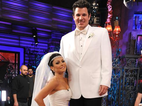 Kelly Ripa, Nick Lachey dress as Kim Kardashian, Kris Humphries