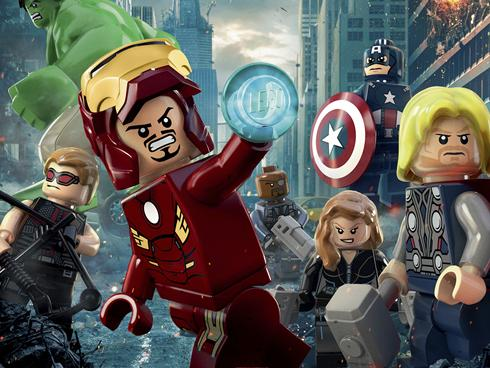 Captain America, Iron Man, Thor and the other Avengers are invading