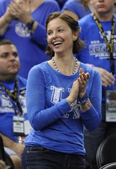 ASHLEY JUDD cheers on beloved NCAA finalists