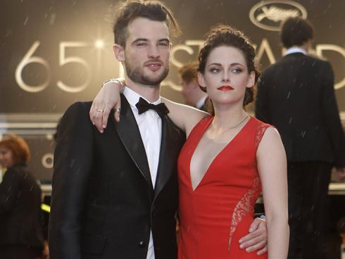 Sturridge  Kristen Stewart on Tom Sturridge And Kristen Stewart Arrive For The Screening Of