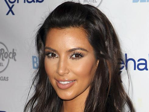 Kim Kardashian loves herself an older man