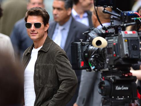 "Tom Cruise & Katie Holmes: ""The Fairy Tale Was Over,"" Says Close Source"
