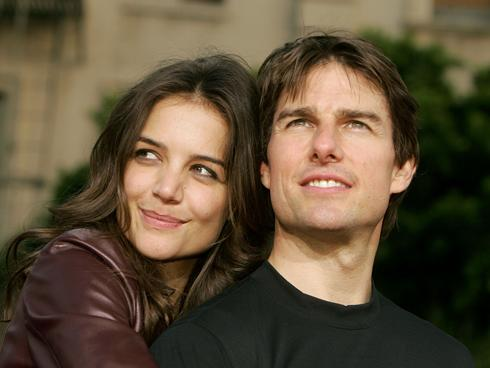Katie Holmes Is Single & Ready For A Man Lover!