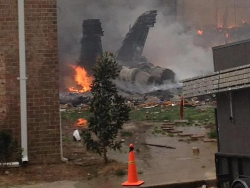F-18 Navy jet crashes into Virginia Beach apartments; 6 hurt