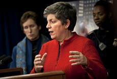 Airport body scanners, pat-downs to stay, Napolitano says