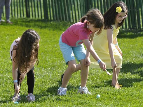 white house easter egg roll 2011. white house easter egg roll