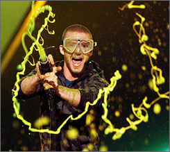 Justin Timberlake hosted Nickelodeon's 20th annual Kids' Choice Awards Saturday in Westwood, Calif.