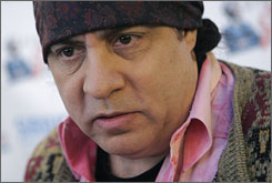 """""""The writing's great, and the casting is perfect. The posse just feels very real and a lot of fun,"""" Sopranos star Steven Van Zandt says of Entourage."""