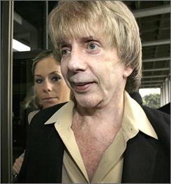 Attorneys will resume screening prospective jurors Monday in the murder trial of music industry veteran Phil Spector.
