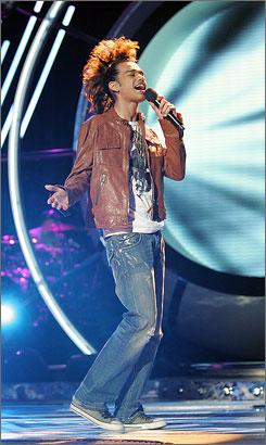 Sanjaya sings his farewell on Wednesday's Idol.