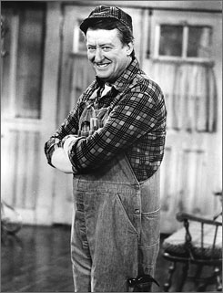 "Tom Poston in the role of ""George"" in the television sitcom series, Newhart, in 1985."